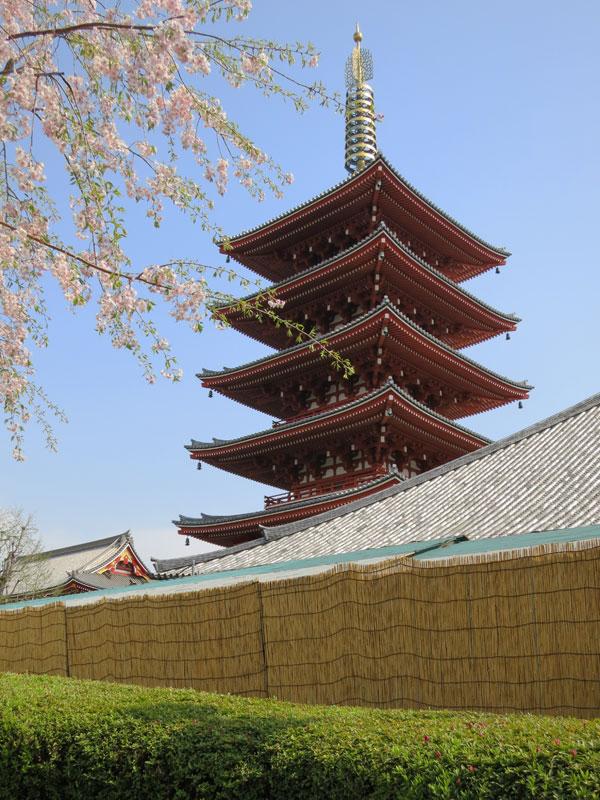 Tokyo-Asakusa-sensoji-pagode2