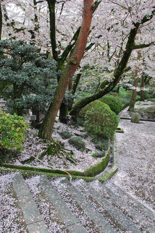 kanazawa-2016-chateau-ishikawa-gate--ruelle-2