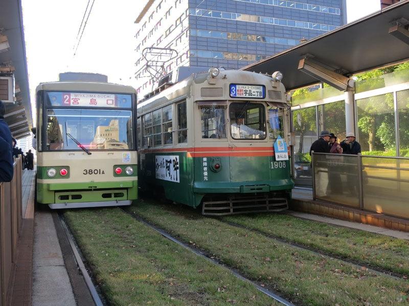hiroshima-2017-train-miyajimaguchi
