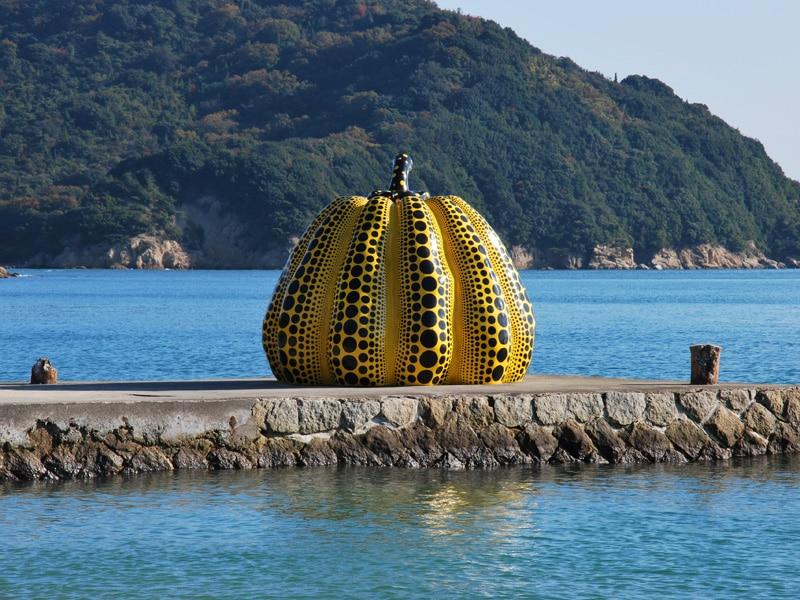 naoshima-2017-yellow-pumpkin