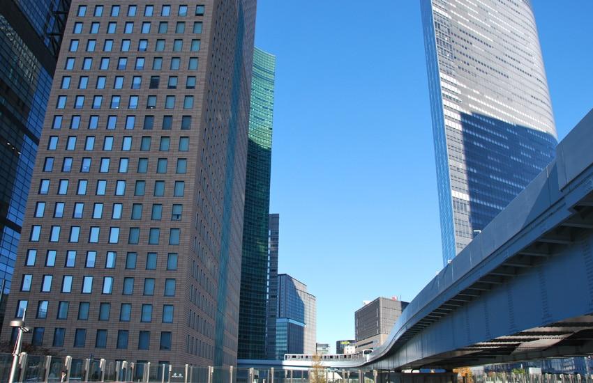 tokyo-2017-monorail-shiodome