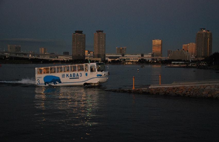 tokyo-2017-odaiba-kaba-bus