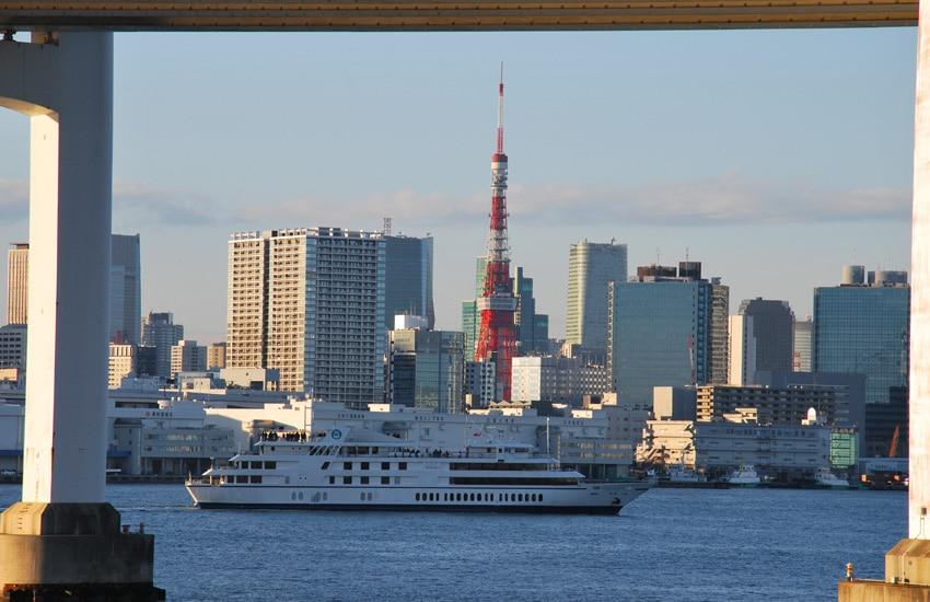 tokyo-2017-odaiba-vue-du-park-tokyo-tower