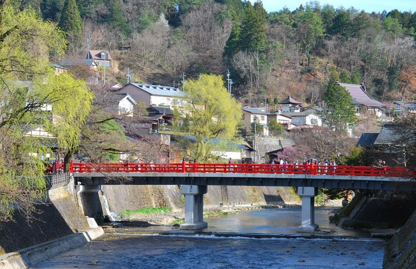 pont-rouge--takayama-2016