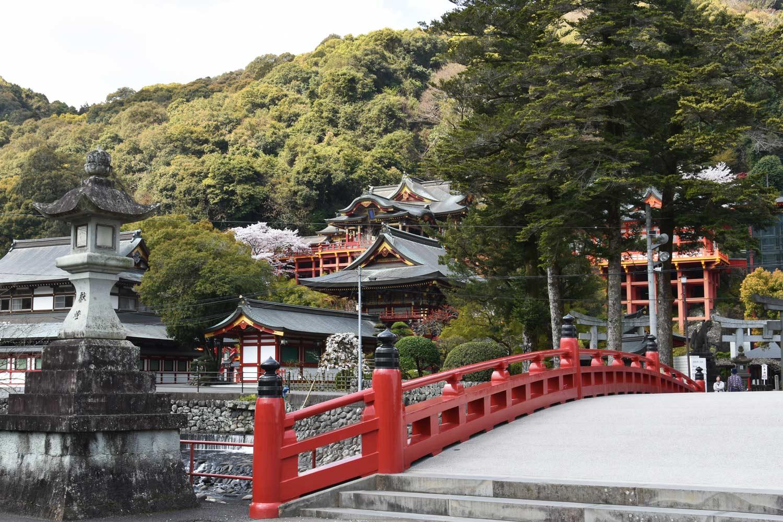 fukuoka-2019-yutoku-inari-pont