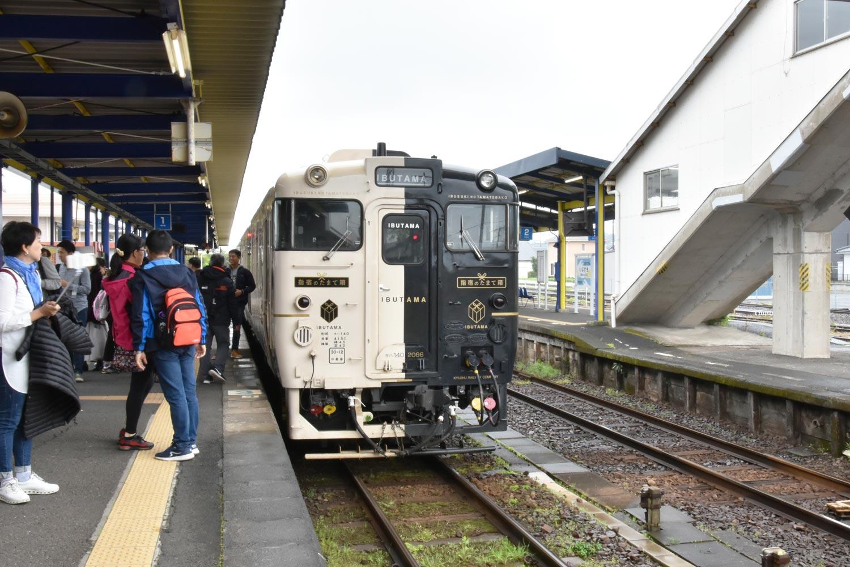 ibusuki-2019-train-ibusuki-no-tamabe