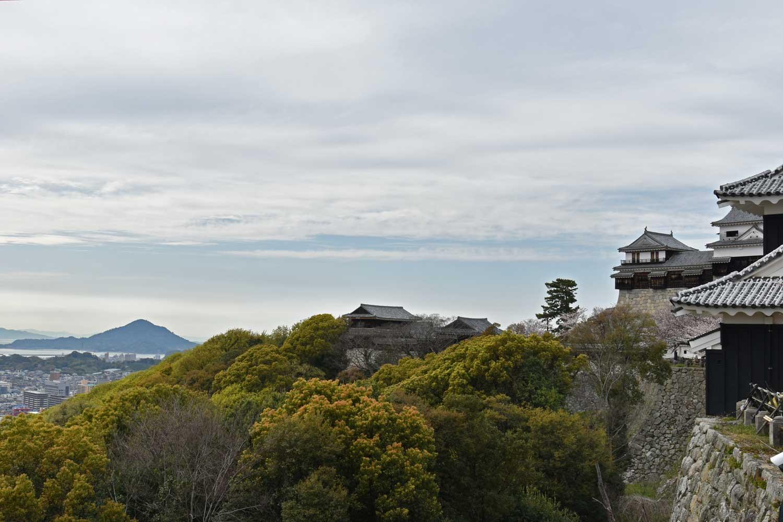 Matsuyama-2019-1-chateau-vue-sur-seto