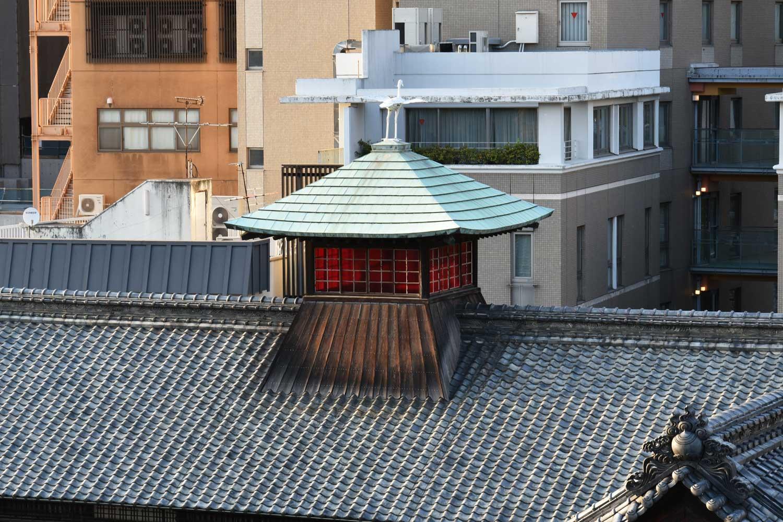 Matsuyama-2019-1-dogo-onsen-detail-toit