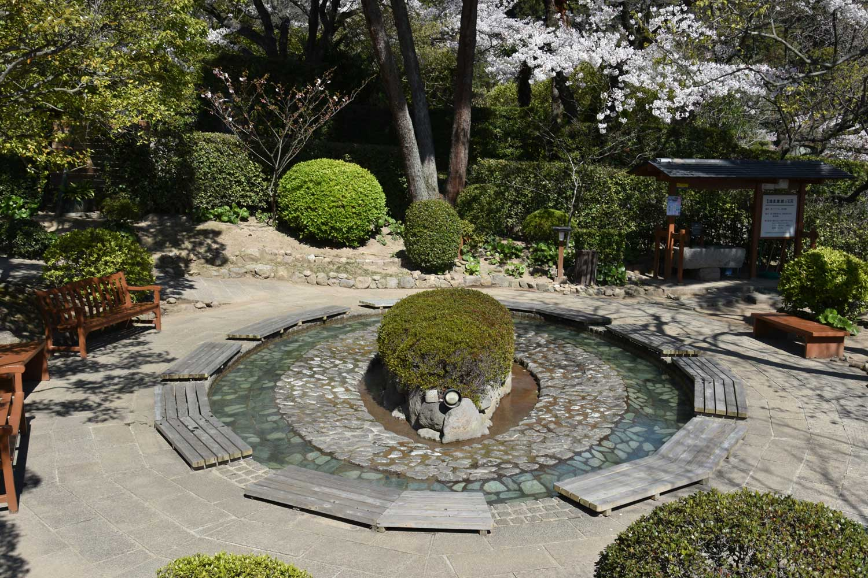 beppu-2019-oniishibozu-jigoku-bain-de-pieds