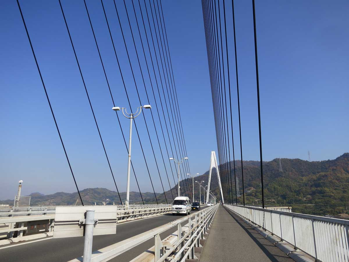 shimanami-kaido-2014.ikuchi-bridge-piste2