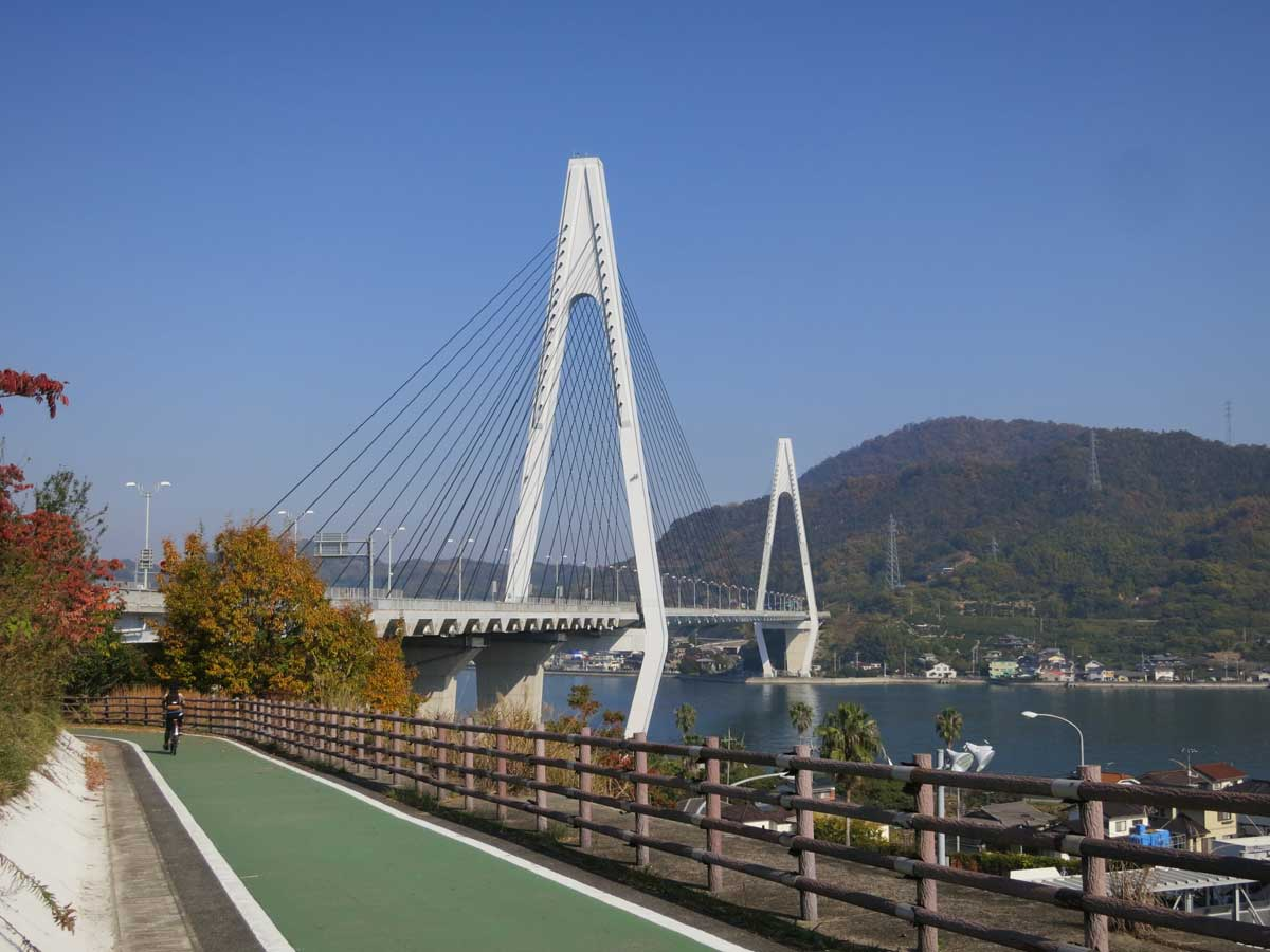 shimanami-kaido-2014.ikuchi-bridge-piste3