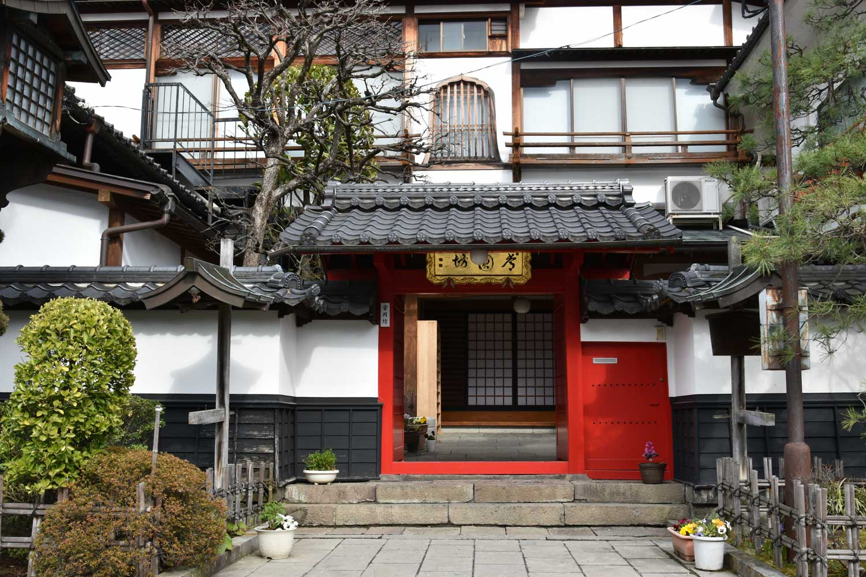 nagano-2019-allee-entree-sud-temple-zenkoji