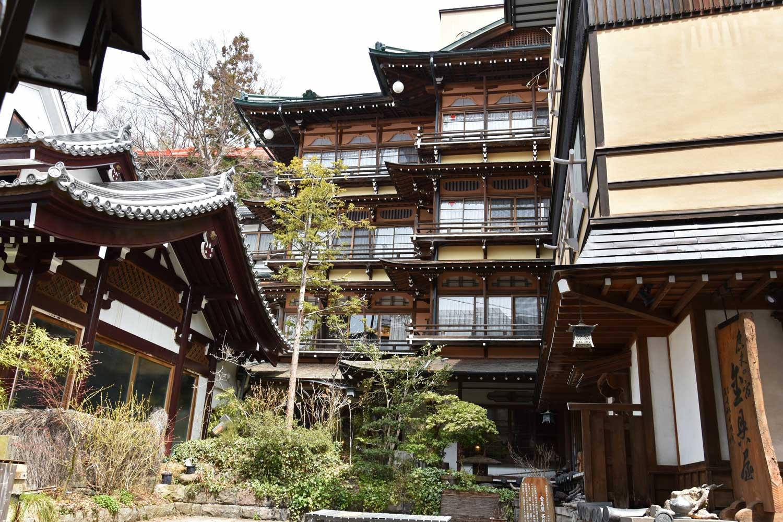 jigokudani-2019-shibu-onsen-ryokan-kanaguya-