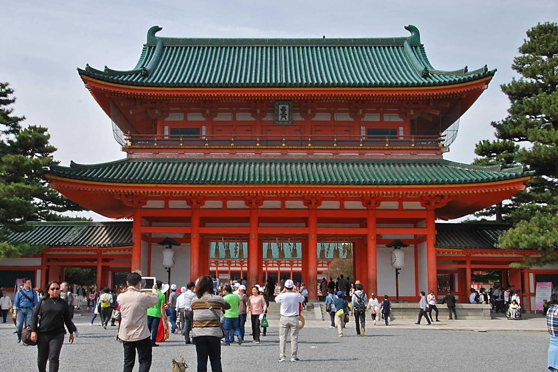 kyoto-2016-heian-jingu-porte