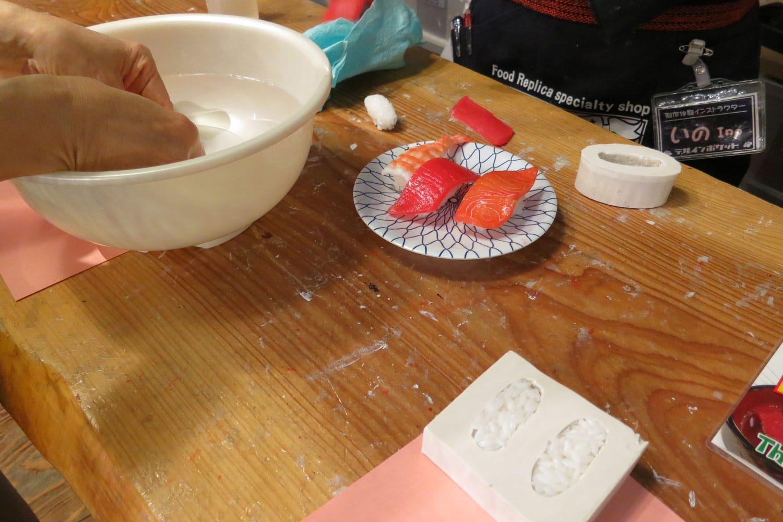 osaka-2016-design-pocket-making-sushi-1