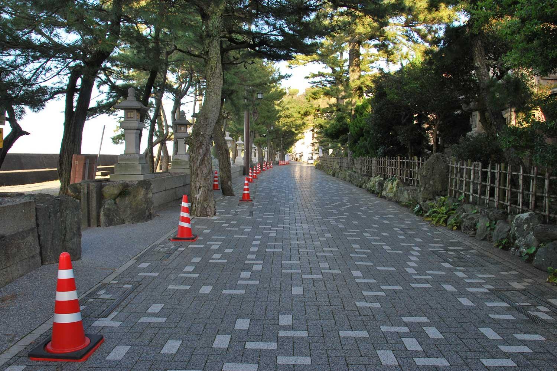 toba-2016-meoto-iwa-futaminoura-bay-promenade