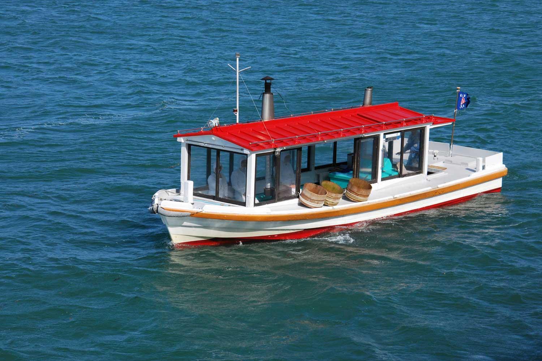 toba-2016-mikimoto-island-ama-boat-1
