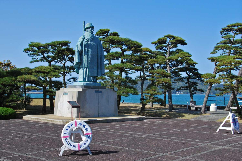 toba-2016-mikimoto-island-mikimoto-statue