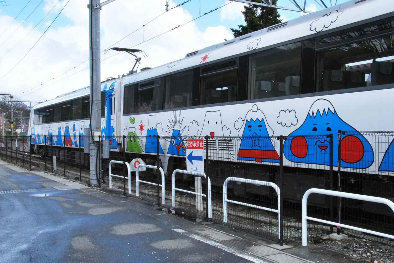 train-kawaguchiko-fujikyu-2016
