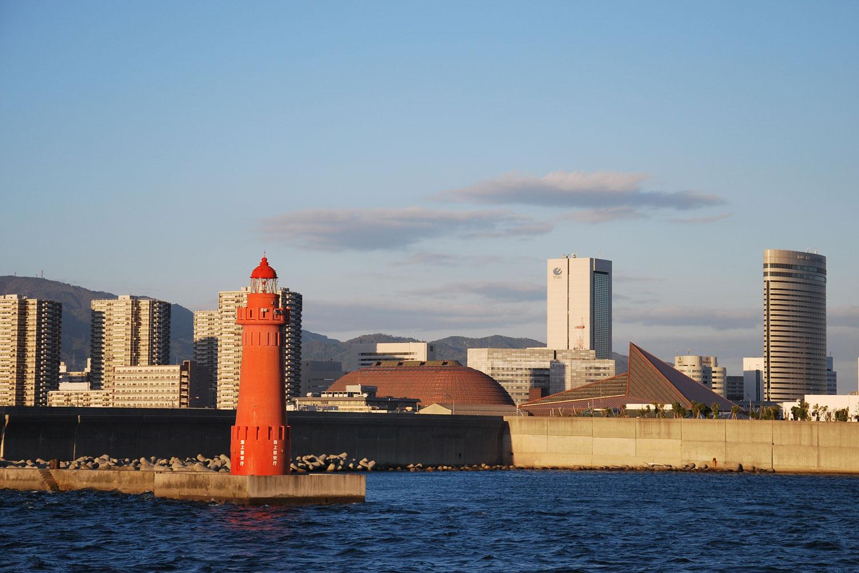 kobe-2014-port-de-kobe-balade-bateau-phare
