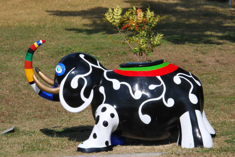 naoshima-2014-niki-de-saint-phalle-elephant